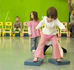 Подвижный ребенок плюсы и минусы